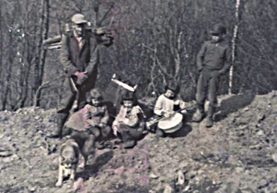 1959 May -- Dad so thin, all of us walking the mountain