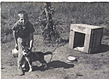 1959 I have no idea what puppy this is?  Doesn't look like Smokey.