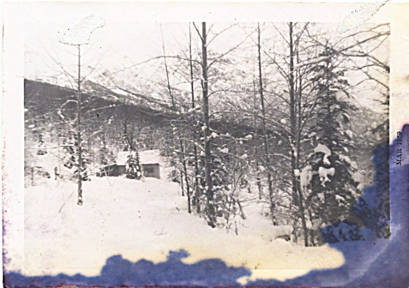 1959 March - neighbor's house at bottom of mountain, I think Pollard's