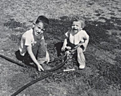 1966 steve dave closeup hose